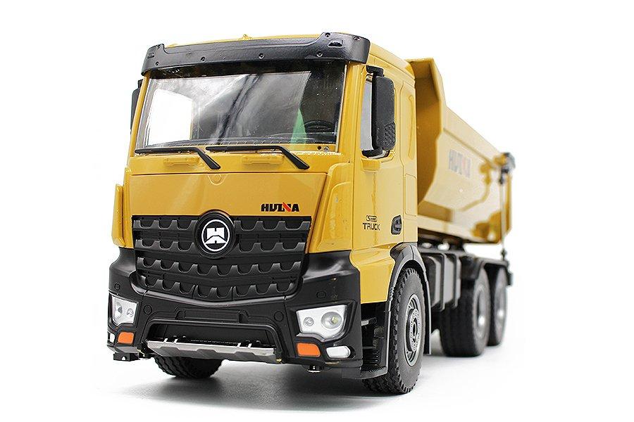 CY1582 Yellow Tipper Truck Construction